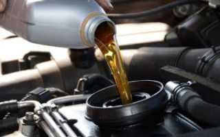 Сколько масла заливать в двигатель при замене